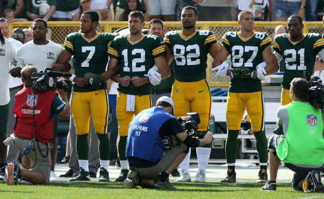 Aaron Rodgers Concerned Knee Injury Will Get Worse