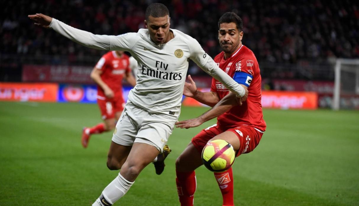 Paris Saint Germain Will Welcome Dijon To Parc Des Princes On Saturday For Their Meeting Of The Th Round In The French League  The Capitol Side Secured
